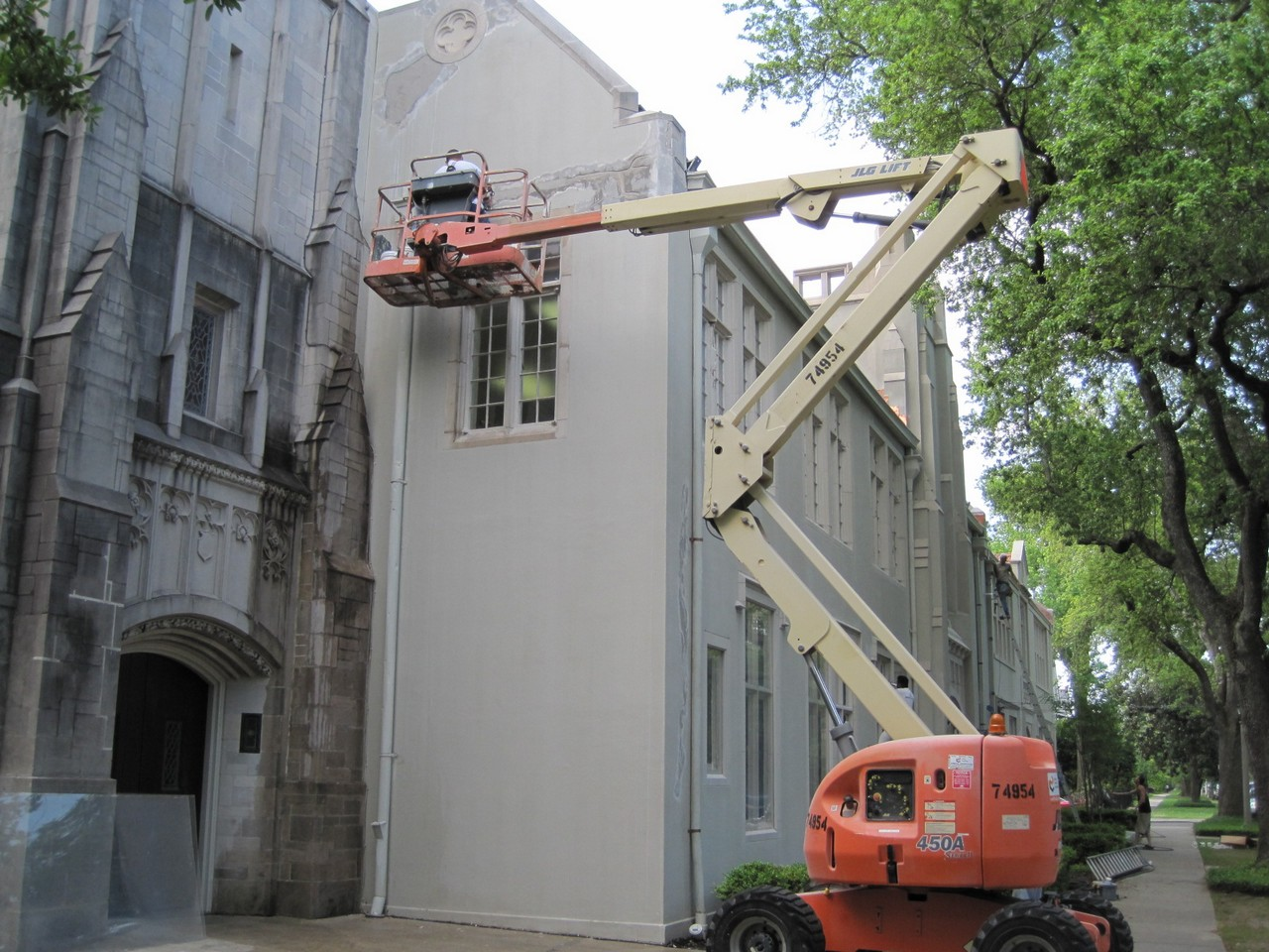a repair in progress in new orleans